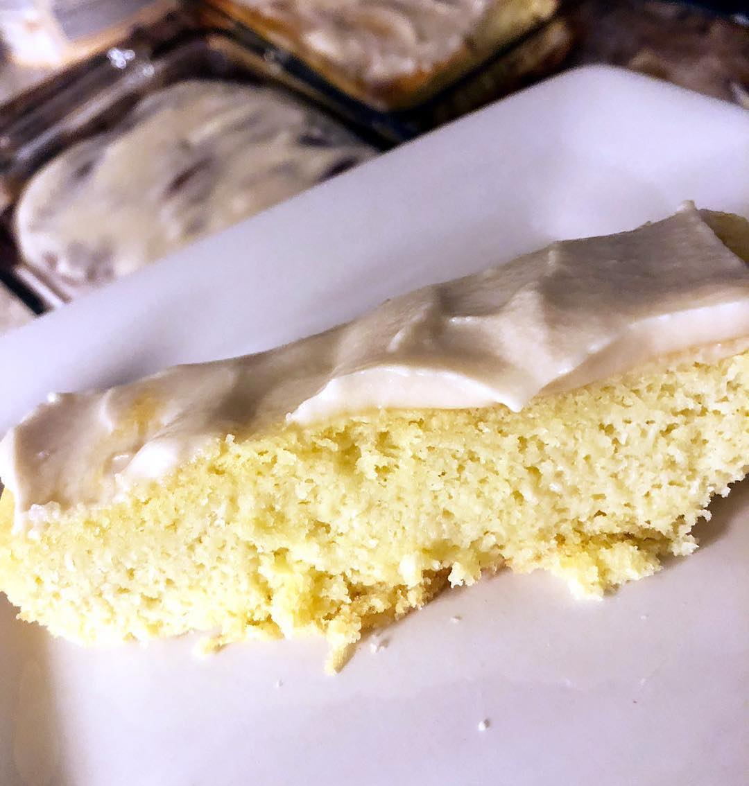 Keto Lemon Pound Cake, Oh my!!! Gonna try this recipe ASAP!! — Repost @the_modified_mama ・・・ Guys this cake!!!! Keto Lemon pound cake —- This makes a total of 16 servings of pound cake. Each slice comes out to be 254.19 Calories, 23.4g Fats, 2.49g Net Carbs, and 7.9g Protein.  Don't be afraid to half the recipe (it makes a lot) or cook in smaller pans and freeze some (just watch cook times). Don't like lemon, just use vanilla, or almond extract. It comes out JUST like pound cake!!! Pound cake  2 ½ cups almond flour ½ cup unsalted butter, softened 1 ½ cups erythritol 8 whole eggs, room temperature 1 ½ teaspoons vanilla extract ½ teaspoon lemon extract ½ teaspoon salt 8 ounces cream cheese 1 ½ teaspoons baking powder — Glaze – ¼ cup powdered erythritol 3 tablespoons heavy whipping cream ½ teaspoon vanilla extract — 1. Preheat oven to 350°F. Toss in room temperature butter, softened cream cheese, and erythritol into a mixing bowl. 2. Cream together the butter and erythritol until smooth. Then, add in softened chunks of cream cheese and blend together until smooth 3. Add in the eggs, lemon extract,and vanilla extract in with the blended ingredients. Blend with a hand mixer until smooth. 4. In a medium sized bowl: mix together the almond flour, baking powder, and salt. 5. Slowly add in the ingredients from the medium sized bowl into the batter. Use a hand blender to blend the clumps until very smooth. 6. Pour batter into a loaf pan.  Bake for 60 – 120 minutes at 350F or until smooth in the middle when tested with a toothpick.  If creating a glaze: blend together the powdered erythritol, vanilla extract, and heavy whipping cream until smooth. Wait until the pound cake is fully cooled from the oven before spreading the glaze on top. —