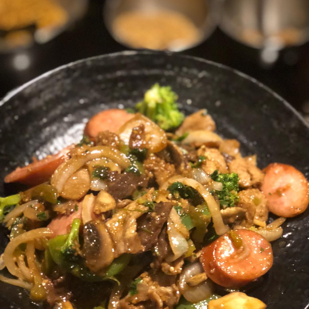 Who is addicted to Mongolian BBQ here?? Meats and veggies stir fried for you? I have to refrain from the sweet sauces and noodles, but that's not hard!! Love it